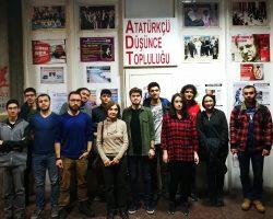 """Prof. Dr. Seçil Karal Akgün'ün katılımı ile """"Devrim Kanunları: Modern Türkiye'nin Doğuşu"""" başlıklı oda toplantımızı gerçekleştirdik."""